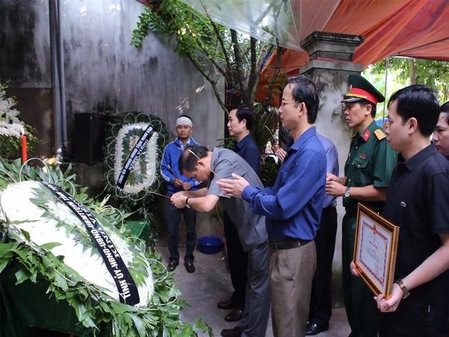 Đề nghị công nhận liệt sĩ cho nhà báo Đinh Hữu Dư