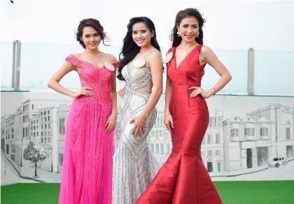 Thí sinh Hoa hậu bản sắc Việt đẹp nền nã trong trang phục áo dài