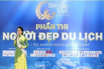 Người đẹp Hoa hậu bản sắc Việt gửi thông điệp bảo vệ môi trường biển