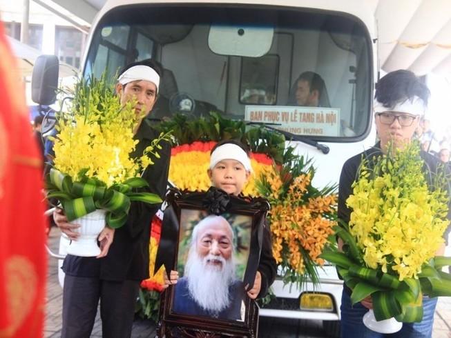 Tiếng khóc nghẹn ở lễ tang nhà giáo Văn Như Cương