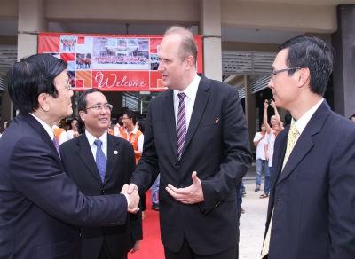 Chủ tịch nước thăm trường Đại học Việt Đức