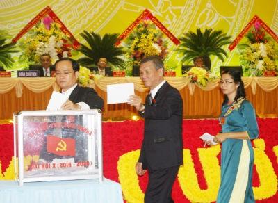 Bầu 52 thành viên vào BCH Đảng bộ tỉnh Bình Dương khóa X