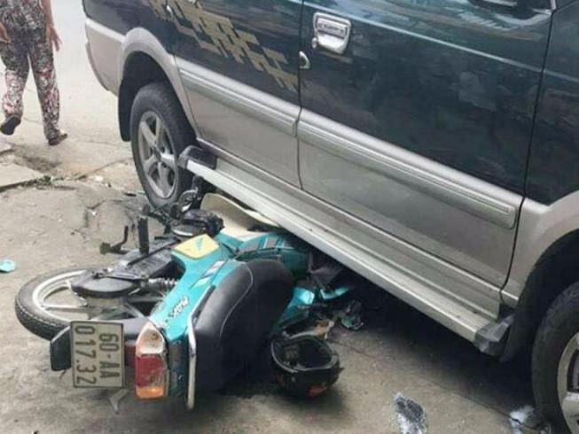 Ô tô gây tai nạn liên hoàn, 3 người bị thương