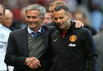 """Ryan Giggs chia tay MU sau 29 năm vì không """"hợp cạ"""" với Mourinho"""