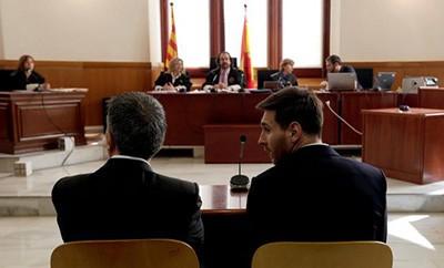 Messi bị kết án 21 tháng tù giam vì trốn thuế