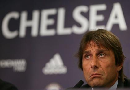 HLV Antonio Conte: 'Chẳng việc gì phải sợ ông chủ CLB Chelsea'
