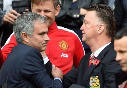 Jose Mourinho: Cảm ơn Van Gaal, ca ngợi Ibrahimovic