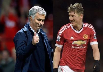 Mourinho: 'Schweinsteiger cứ ở lại MU nếu muốn'