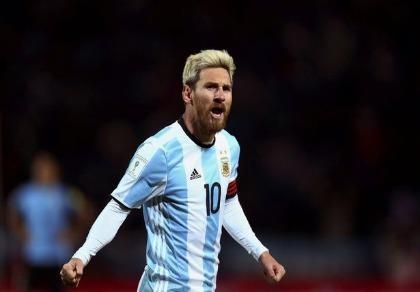 Argentina lại đau đầu vì Messi