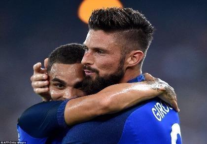 Ý 1-3 Pháp: HLV Giampiero Ventura thất bại trong ngày ra mắt