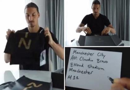 Ibrahimovic gửi quà 'độc' cho đối thủ trước trận derby thành Manchester