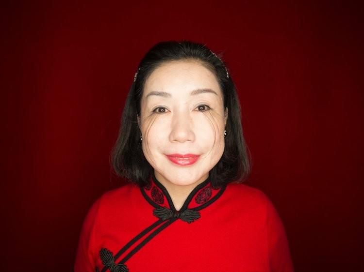 Choáng với phụ nữ có lông mi dài đến 12,4 cm - ảnh 2