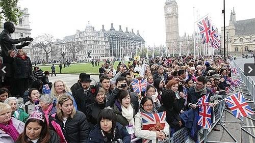 Choáng với độ xa hoa của lễ cưới Hoàng gia Anh - ảnh 4