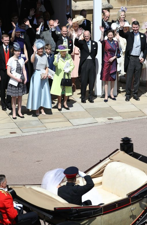 Những khoảnh khắc lộng lẫy trong đám cưới Hoàng gia Anh - ảnh 22