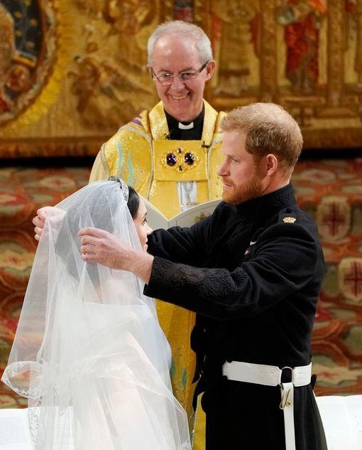 Những khoảnh khắc lộng lẫy trong đám cưới Hoàng gia Anh - ảnh 11