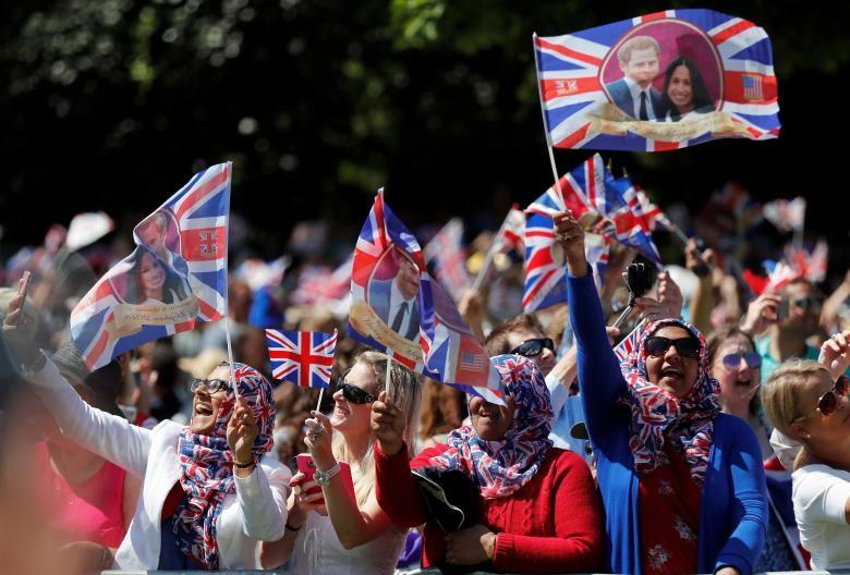Những khoảnh khắc lộng lẫy trong đám cưới Hoàng gia Anh - ảnh 1