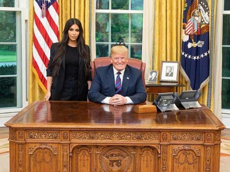 Ông Trump tiếp Kim Kardashian tại Nhà Trắng - ảnh 1