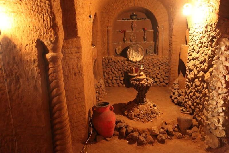 Người đàn ông dành 23 năm để xây một ngôi đền dưới lòng đất - ảnh 3