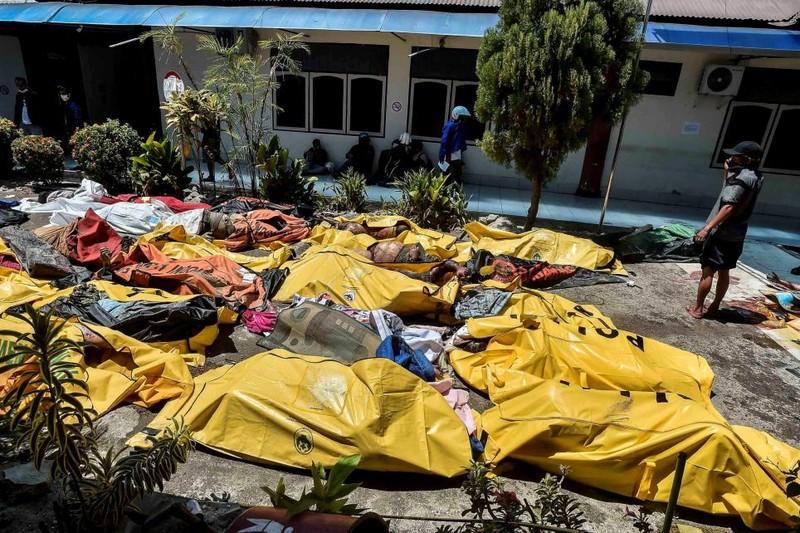 Những hình ảnh rúng động thế giới về thảm họa ở Indonesia   - ảnh 9