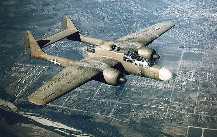 Những máy bay quân sự đình đám trên thế giới - ảnh 1