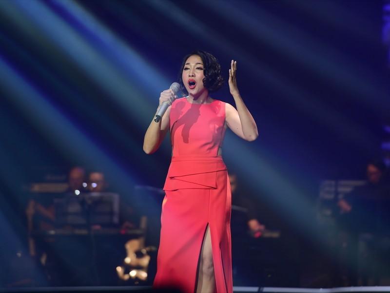 Liveshow Việt Anh và lưng chừng xúc cảm - ảnh 3