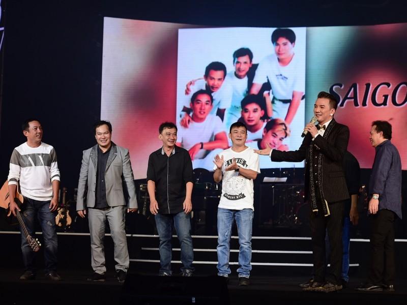 Liveshow Việt Anh và lưng chừng xúc cảm - ảnh 8