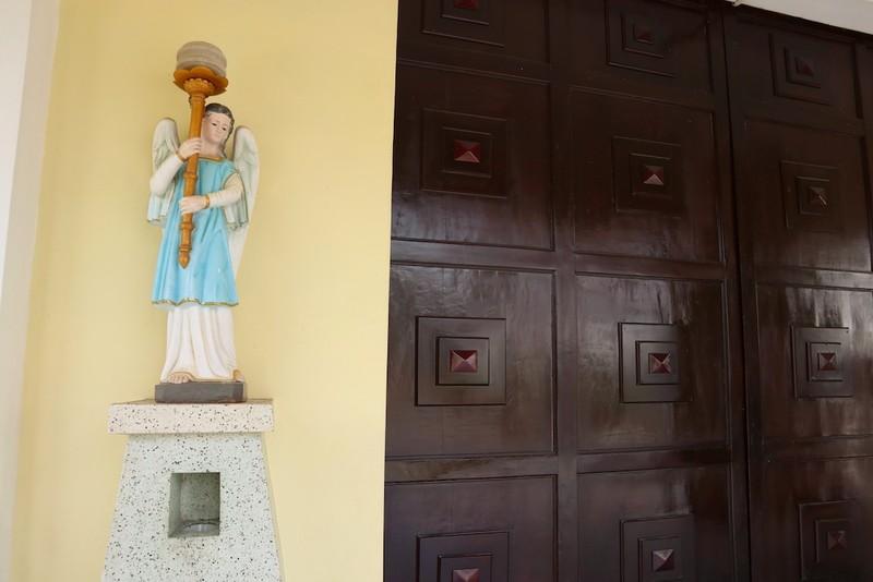 Cận cảnh nhà thờ, nhà dòng Thủ Thiêm gần 180 tuổi - ảnh 4