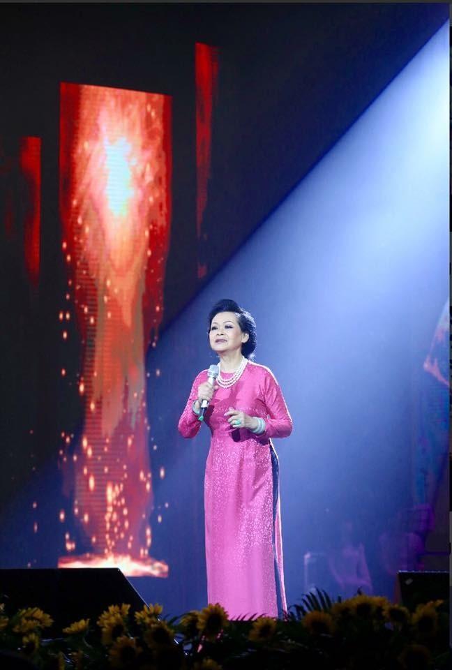 Ca sĩ Khánh Ly chuẩn bị về nước làm liveshow  - ảnh 1
