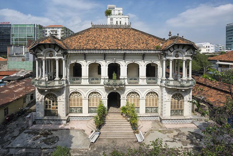 Cận cảnh biệt thự ba mặt tiền tại Sài Gòn sắp được trùng tu - ảnh 10