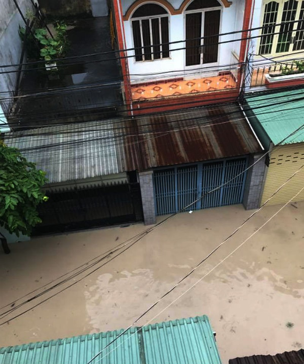 Đồng Nai: Mưa lớn ngập khủng khiếp, học sinh nghỉ học - ảnh 3