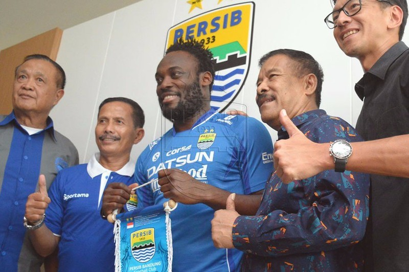 Cựu sao Chelsea đến giải nhà nghề Indonesia thi đấu - ảnh 1