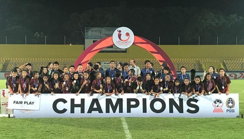 Đánh bại Lào trên chấm 11m, Việt Nam đoạt hạng ba - ảnh 2