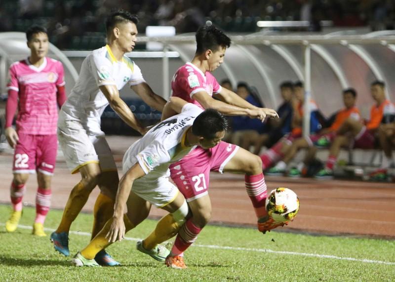 """Sài Gòn FC từ """"cõi chết"""" trở về nhờ cái duyên ông Khôi? - ảnh 8"""