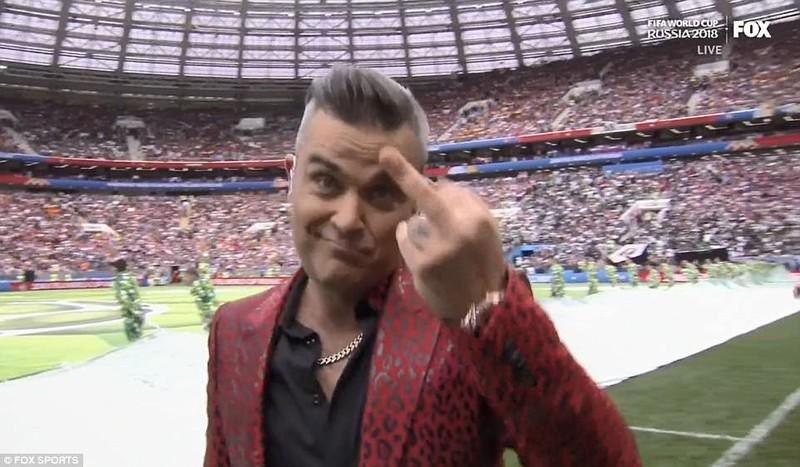"""Giải mã """"ngón tay thối"""" của Robbie Williams - ảnh 2"""