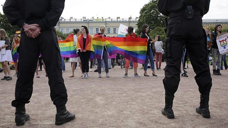 Thế giới LGBT sẽ 'biểu tình tàng hình' ở Moscow - ảnh 1