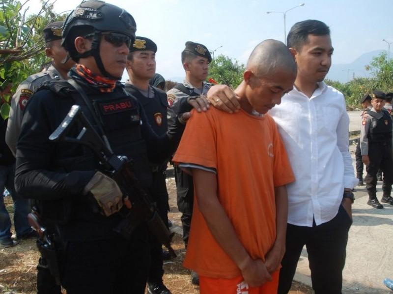 Fan đánh chết người, CLB Persib Bandung lãnh đủ - ảnh 3