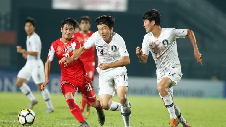 Tajikistan 'hóa' U23 Việt Nam, đánh bại Hàn Quốc vào chung kết - ảnh 2