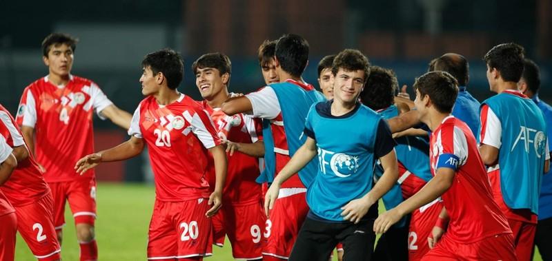 Tajikistan 'hóa' U23 Việt Nam, đánh bại Hàn Quốc vào chung kết - ảnh 5