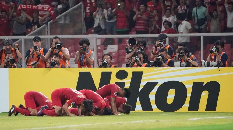 U-19 Indonesia quả cảm vào tứ kết - ảnh 4