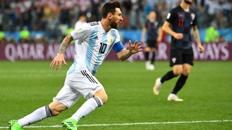 Mbappe tự tin đánh bại Messi, Ronaldo - ảnh 2