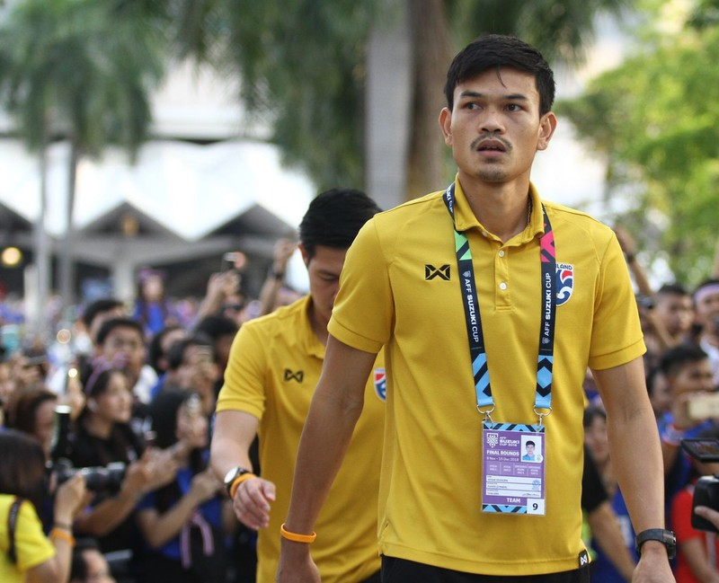 Adisak nói gì sau khi thành tội đồ của bóng đá Thái Lan? - ảnh 2