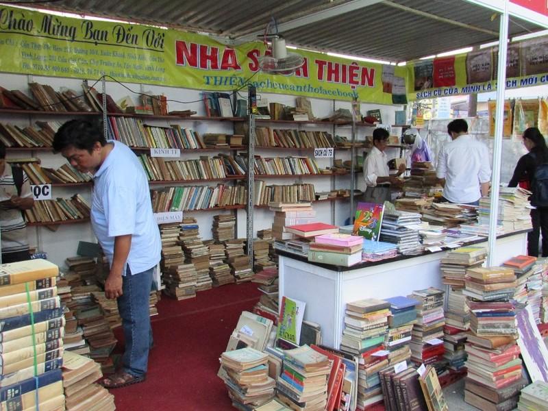 Hội sách Cần Thơ: Nhiều sách hay, giảm giá 50% - ảnh 6