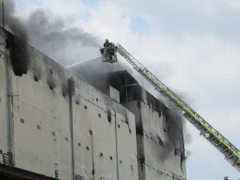 Vụ cháy ở Cần Thơ: Tổng giám đốc gửi thư xin lỗi - ảnh 1