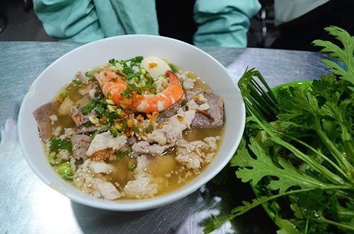 Hu tiu nam vang Ba Hoang Saigon