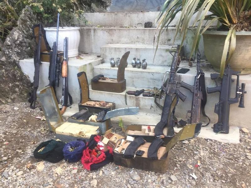 3 người chết khi đang ôm súng trong nhà trùm ma túy Sơn La - ảnh 1