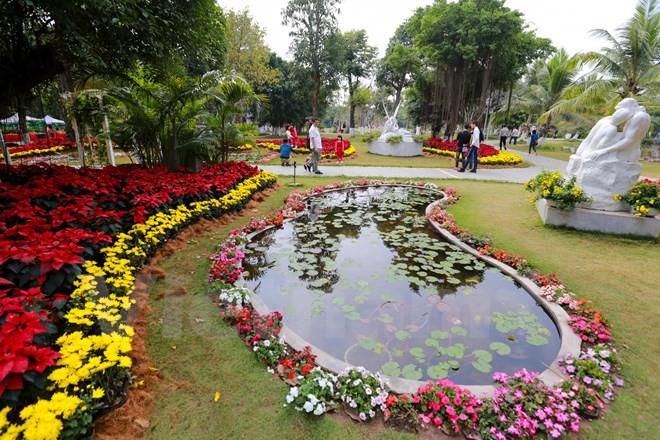 Thích thú với lễ hội hoa xuân lớn nhất miền Bắc - ảnh 4