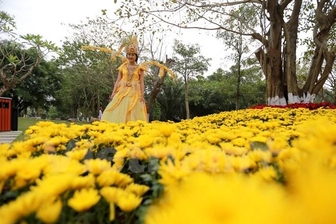 Thích thú với lễ hội hoa xuân lớn nhất miền Bắc - ảnh 8