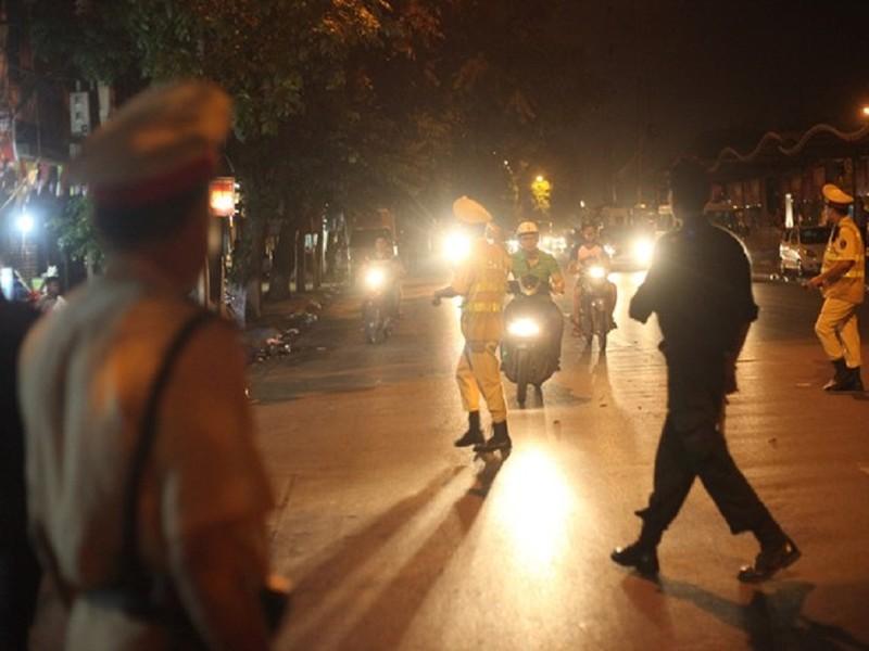 Hà Nội huy động hơn 140 cảnh sát chống đua xe - ảnh 1