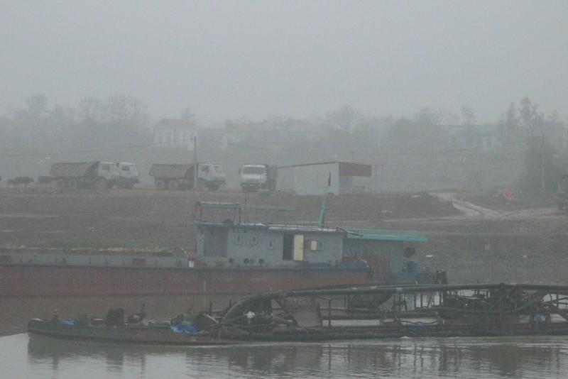 Cận cảnh đoạn sông khiến chủ tịch Bắc Ninh bị de dọa - ảnh 7