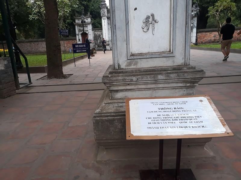 Hà Nội: Người dân thăm Văn Miếu không có chỗ gửi xe - ảnh 2